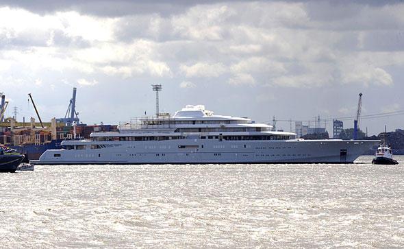 Teuerste yacht der welt abramowitsch  800 Millionen Euro | YACHTREVUE.at